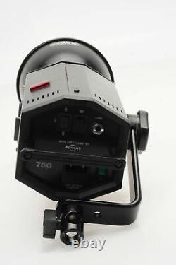 Bowens/Calumet Travelite 750 WS Monolight Studio Strobe Flash 750WS #190