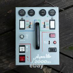 Dynalite M2000xl strobe power pack Dyna-Lite, tested