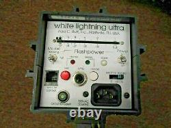White Lightning Ultra 1200 Monolight Strobe with ac and flash cable 2 units