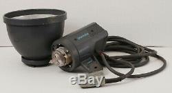 Broncolor Pulso 4 Strobe Head 3200 J Withs Flash Et P70 Réflecteur Ilumination