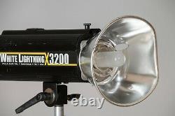 Lightning Blanc X3200 Par Paul C Buff Flash Strobe Monolight