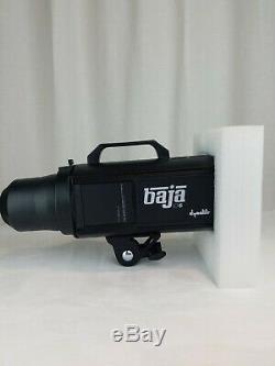 Monnaie Dynalite Non Utilisée Baja B6 Monolight Stroboscope Li-alimenté Par Batterie